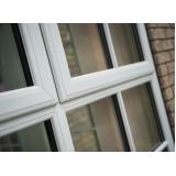 janela em pvc de alto padrão Araçariguama